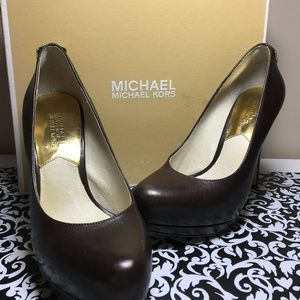 Michael Kors Hamilton Pumps 5 1/2